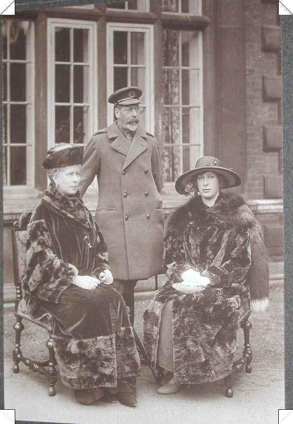 George V and Queen Mary